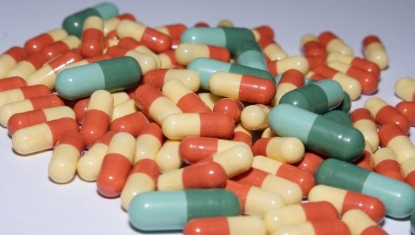 Tabletki na potencję bez recepty – czy to ma sens